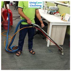 UNIQCARE-CARPET-CLEANING-1