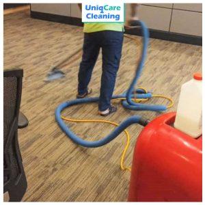 UNIQCARE-CARPET-CLEANING-16